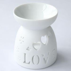 Baldwins Ceramic Oil Diffuser - Love