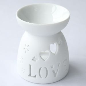 Baldwins Ceramic Oil Diffuser - Love