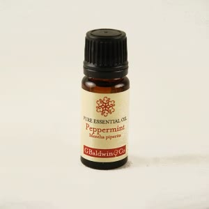 How To Treat Headaches Naturally - Peppermint Essential Oil